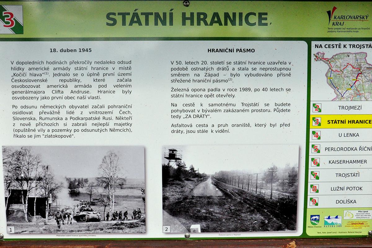 Informační tabule připomínající překročení české hranice americkou armádou 18. dubna 1945.